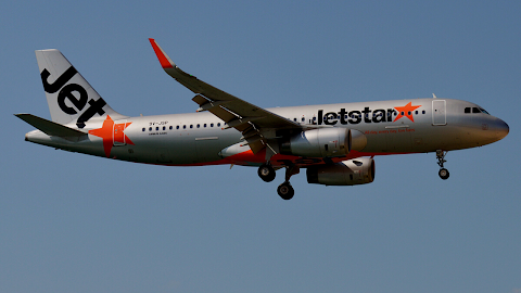 Jetstar Asia first to resume flights to Colombo