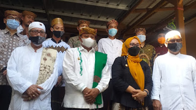 Panglima Santri  Jawa Barat Sosialisasi Pembentukan Kampung Santri di Cirebon