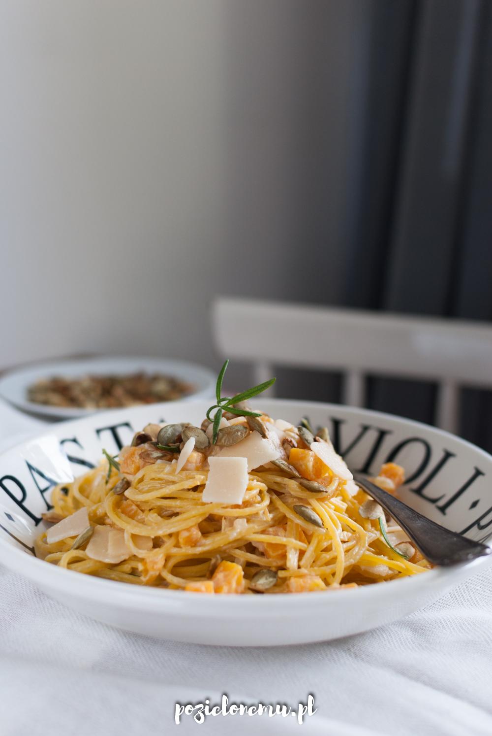 Spaghetti z kremową dynią