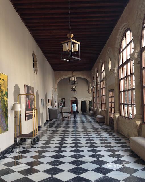 Parador Cuenca corredor