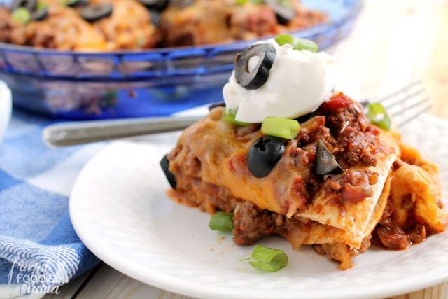 These easy to make Chili Stacks are not only tasty, but they are budget friendly as well. Have this dish on your dinner table in 30 minutes or less!