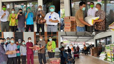 Rumah Sakit Sinar Kasih Toraja Bagikan Sembako Kepada Petugas Kebersihan di Tana Toraja