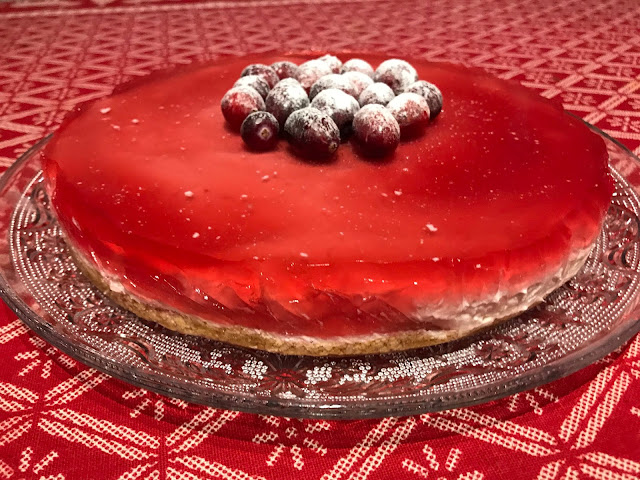 Cranberry mousse cake