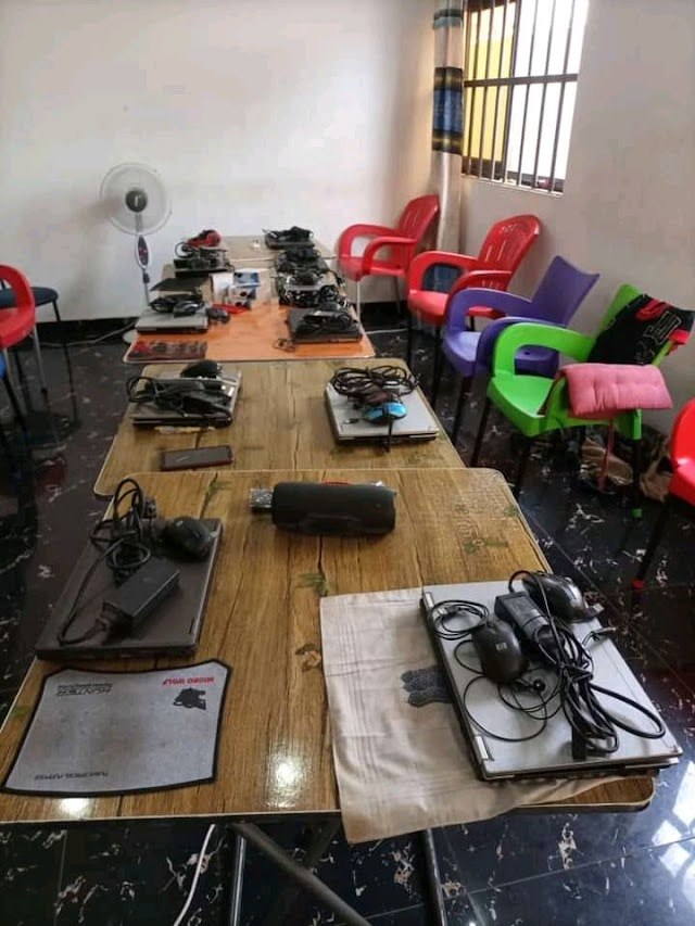 Cybercriminalité : 12 ressortissants nigérians pris dans les mailles du filet de la gendarmerie nationale