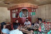 Serka Sugianto Babinsa Koramil 10/Pelangiran Melaksanakan Himbauan Protokes Bagi Pengunjung Warung Kopi