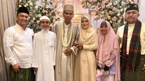 Sah ! Ustadz Abdul Somad Resmi Menikah