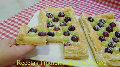 Receta de tarta de crema y uvas (Un pastel que enamora)