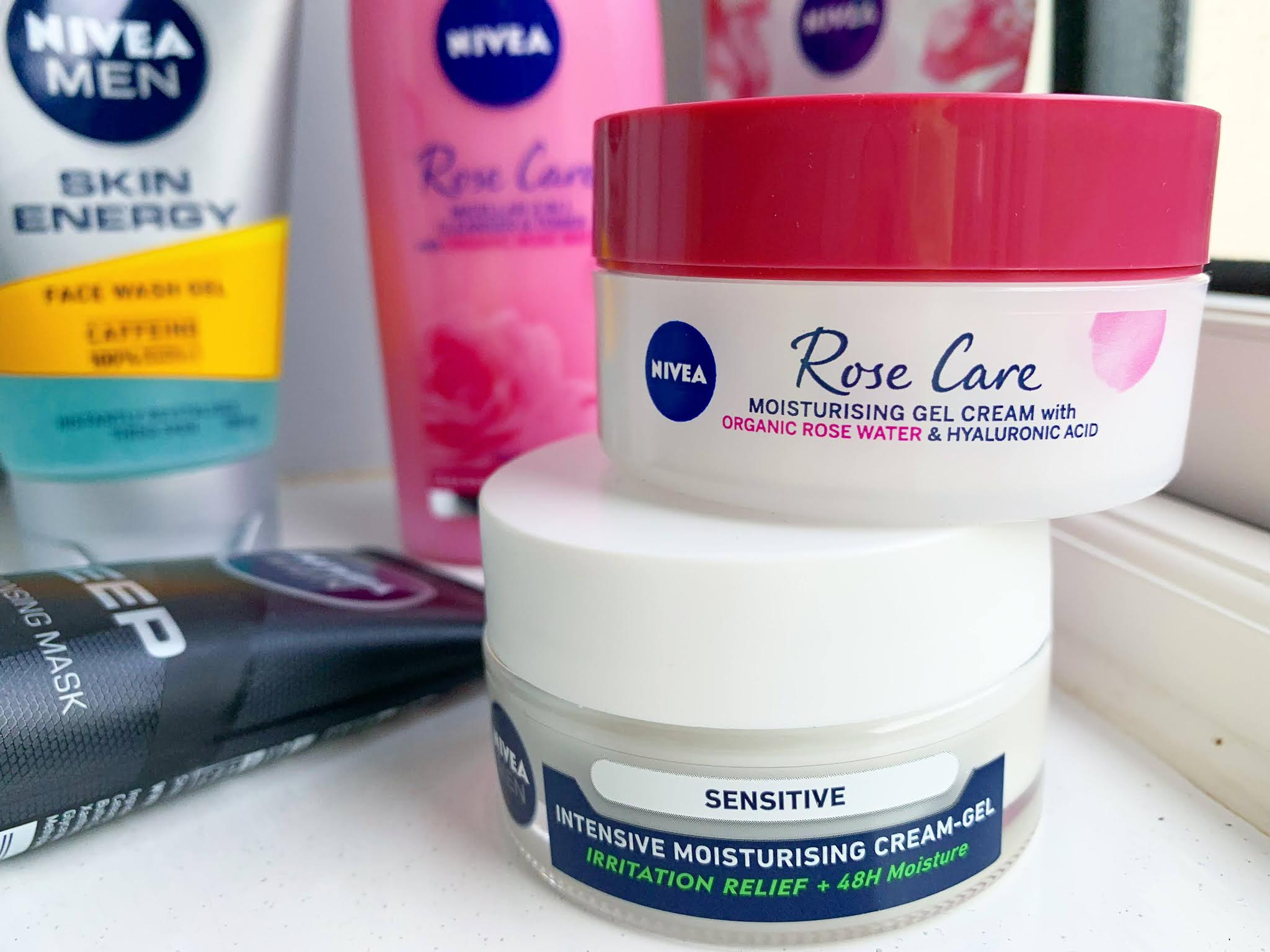 Nivea Rose Care Moisturising Gel Cream