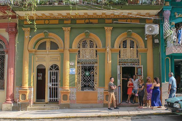 La casa Mary y Miguel et le café Arcangel