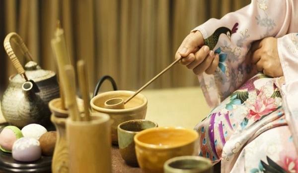 tradisi minum teh