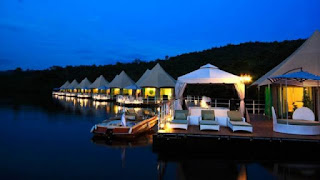 The history behind a successful travel business: Rivers Floating Lodge