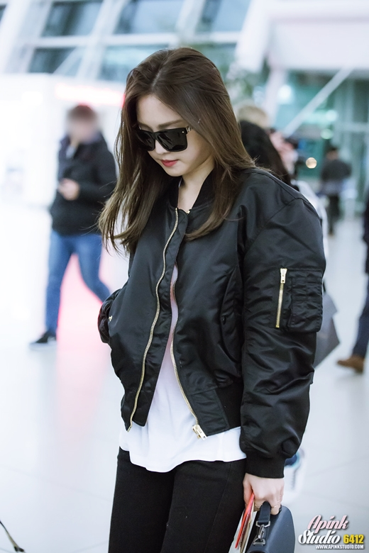 Apink Naeun Airport Fashion | Official Korean Fashion