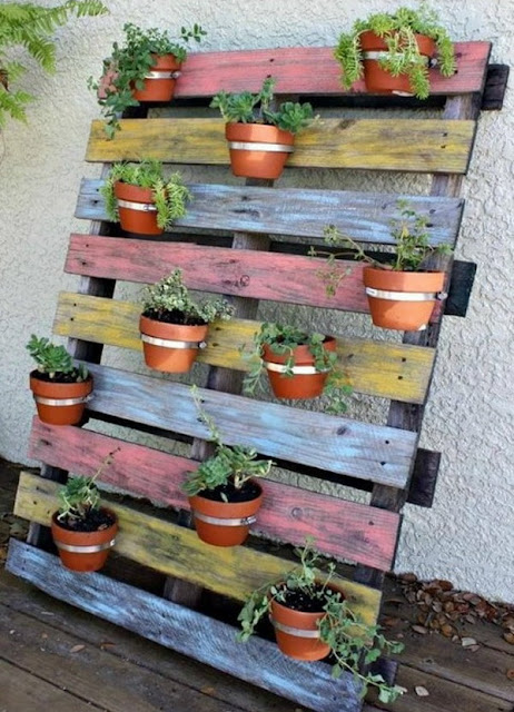 Vertical Gardens Made of Wooden Pallets 7
