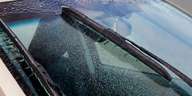 4 Langkah Mudah Cara Membersihkan dan Merawat Wiper Mobil