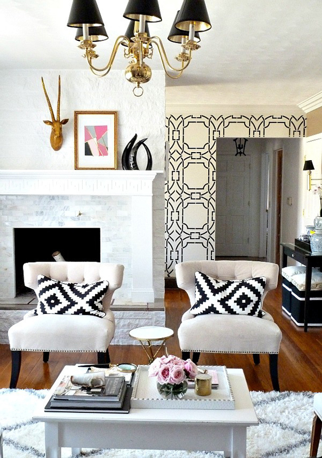 Pretty Little Details Inspiration Files // Bold living room with gold accents.