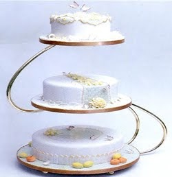 pictures of wedding cake stands green bay wedding dresses wedding cake stands 18468