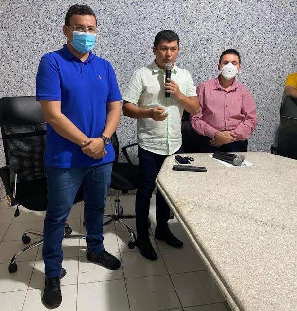 Rubens Vieira apoiando a transição no município de Cocal ao lado do novo prefeito Nonatinho do Sindicato e vice Dr. Douglas.