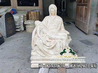 Patung Malaikat Bersayap