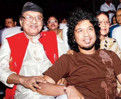 Khagen Mahanta and Archana Mahanta with Papon