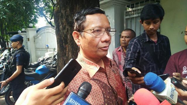 Mahfud MD Memuji Tim Hukum Prabowo Cerdik, Ini Alasannya