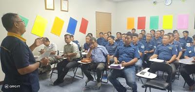 koordinasi keamanan jemputan karyawan pabrik di kawasan Bekasi 2