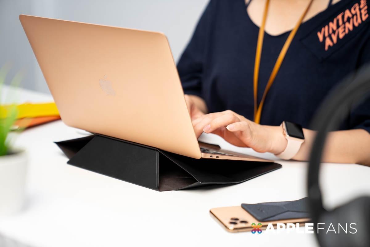 MOFT 隱形立架筆電包