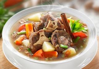 Cara memasak sup kuah sapi yang enak