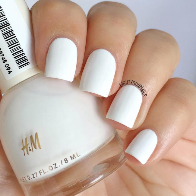 Smalto bianco H&M Whiteout white nail polish