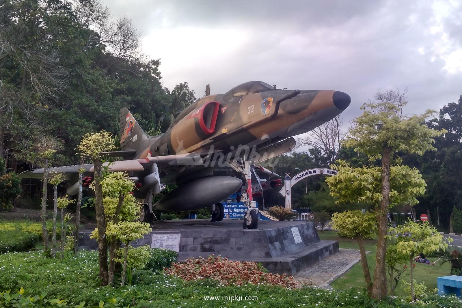 Monumen Pesawat A-4E Skyhawk Bisa dijadikan Edukasi untuk Anak