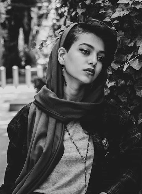 sad girl wallpaper image photgrafy