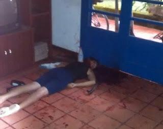 Em São Paulo adolescente de 16 anos mata a própria mãe decapitada após discussão sobre drogas. AS IMAGENS SÃO FORTES
