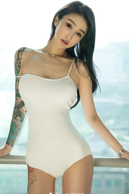 Hot and sexy photos of beautiful busty asian hottie chick Chinese booty model Cai Hong photo highlights on Pinays Finest sexy nude photo collection site.