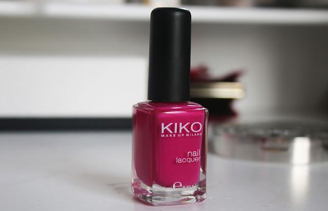 Малиновый лак для  ногтей, цвет фуксия