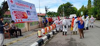 Cegah Virus Covid-19, Polres Luwu Utara Bersama Instansi Lakukan Penyemprotan Desinfektan di berbagai Tempat