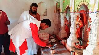 करणी सेना ने रामजानकी मंदिर में की पूजा अर्चना | #NayaSaveraNetwork