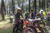 Dengan Mengendarai Motor Trail, Dandim  0711 Pemalang Sambangin Monumen Gunung Gambangan