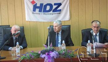 Proslava 27. obljetnice HDZ-a u Ljubuškom odgođena zbog elementarne nepogode
