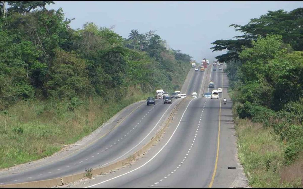 Three suspected armed robbers arrested on Lagos-Ibadan highway