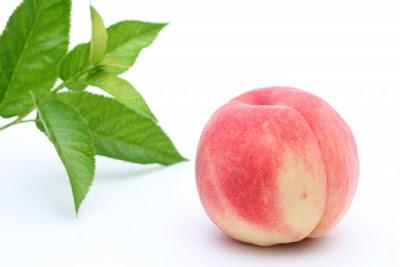 桃の節句_モモ