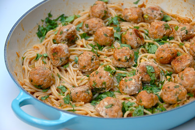 asian pork meatballs with spicy garlic noodles