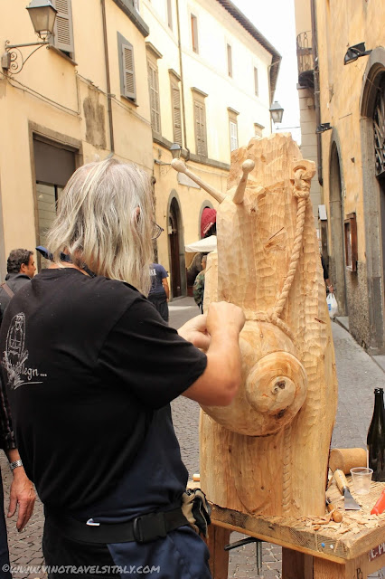 Visiting the shops of Orvieto