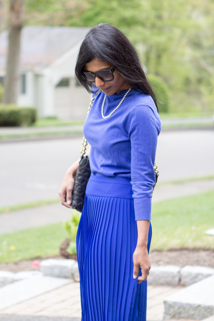 spring style, business casual, work outfit, ladylike, elegant, midiskirt, pleated skirt, cobalt blue, royal blue, blue pumps, sole society, how-to, styling tips, j.crew style, utility jacket, cargo jacket, mommy style, petite fashion, lookbook