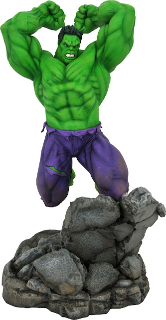 Toy Fair 2020 Diamond Select Marvel Premier Collection The Hulk 17-Inch Resin Statue Comic Version