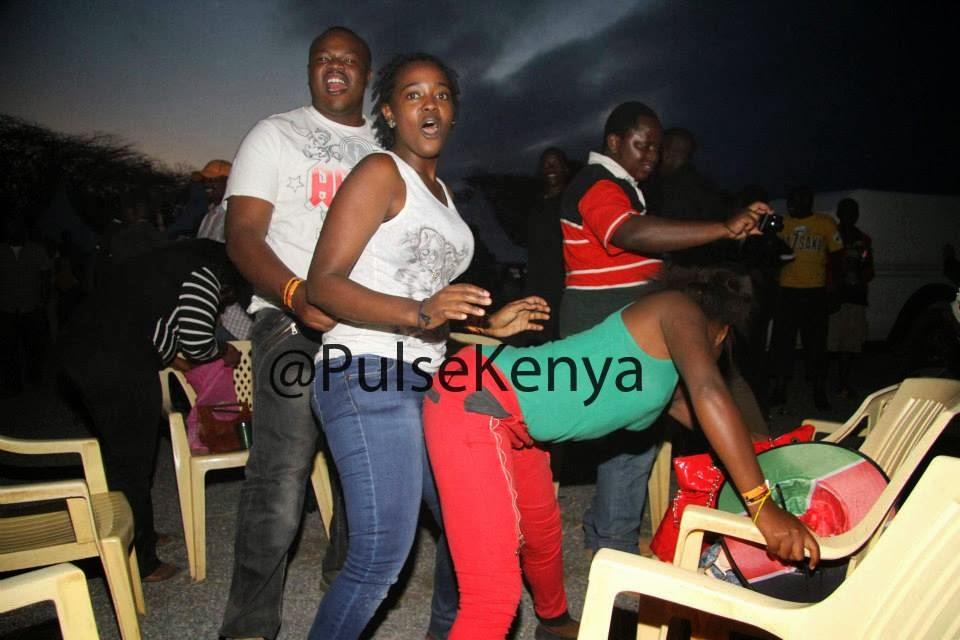 Kenyan Girls Behaving Badly: November 2013
