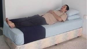 Shalat Sambil Berbaring Karena Sakit Mata, Apakah Boleh?