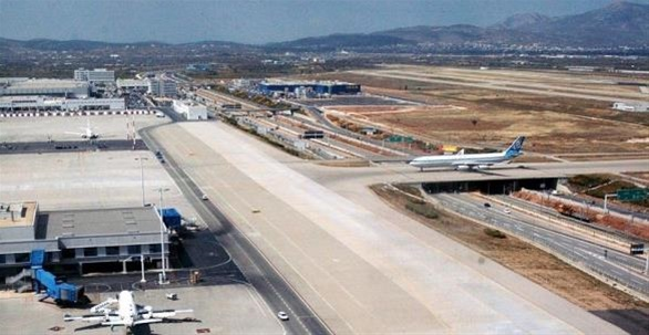Σταματούν από το βράδυ οι πτήσεις από Βρετανία και Τουρκία