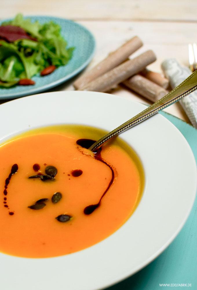 Herbst Suppe aus Kürbis, Kürbissuppe, einfach