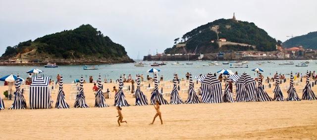 La playa de Ondarreta en San Sebastian