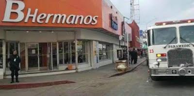 Desalojan a empleados de zapatería por derrumbe de viga en Guaymas