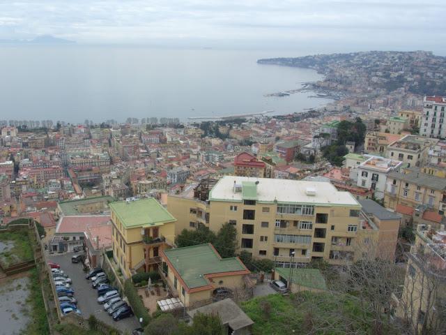morze, Neapol, widok na miasto z góry